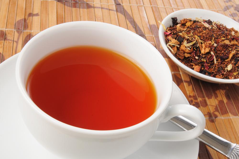 Diferencias entre el té de hierbas o el té de bolsitas
