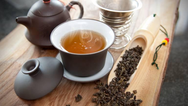 Propiedades y beneficios del té Oolong, el té azul